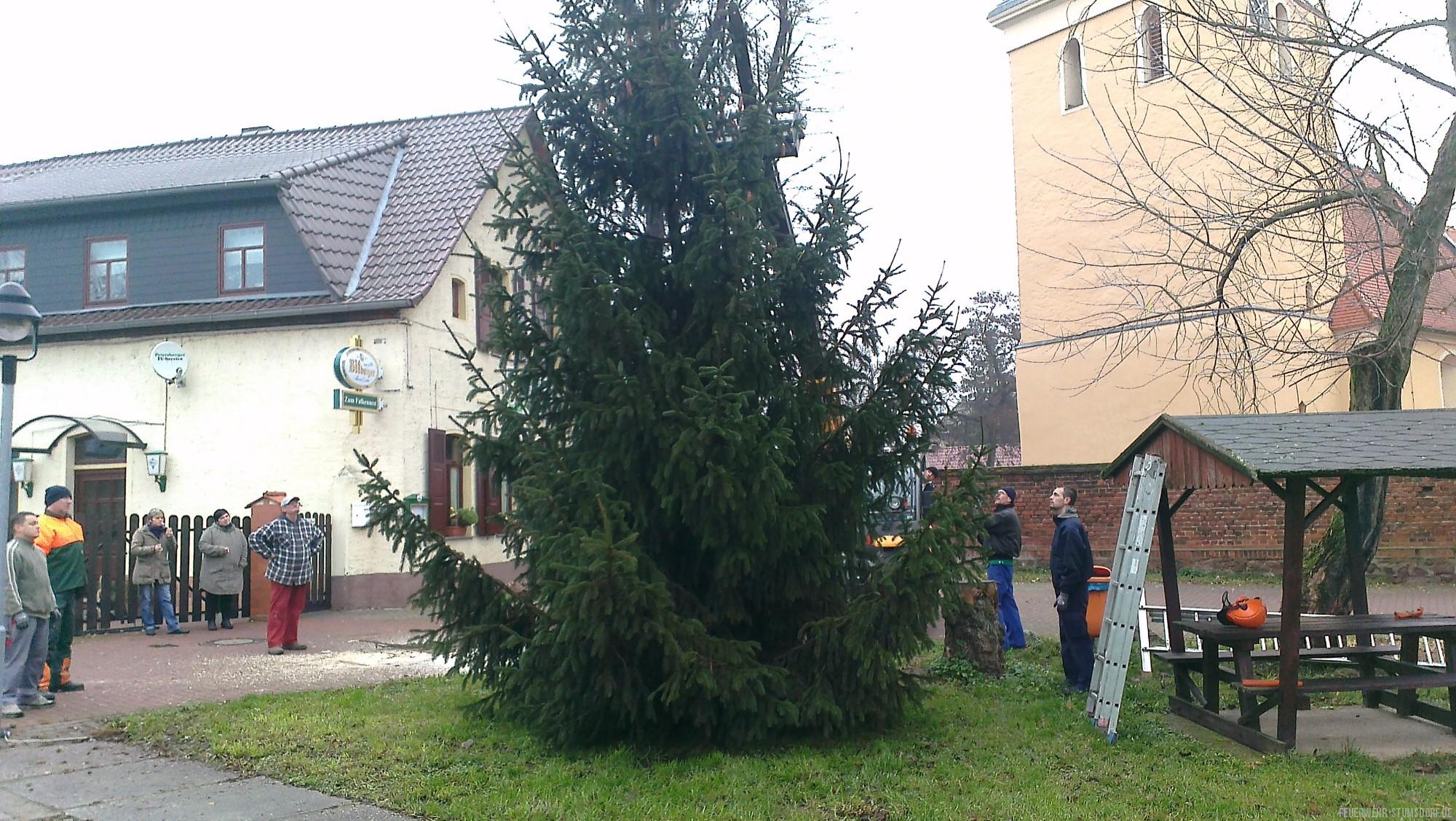 weihnachtsbaum freiwillige feuerwehr stumsdorf. Black Bedroom Furniture Sets. Home Design Ideas